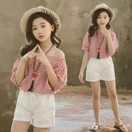 Kids gotet fun now. This kids awesome stylist and looks beautiful amd talking sweetl. Someone this kids call beautiful/cute baby #cute baby #kids stylist